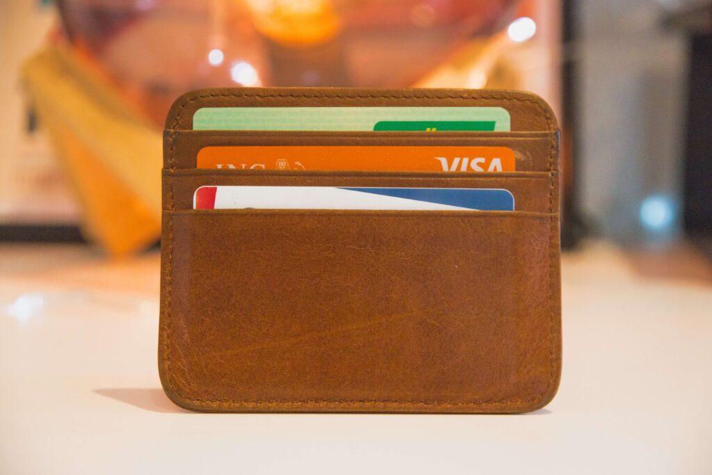 クレジットカードで即入金可能
